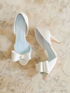 open toe wedding shoes with pretty white bow ~  we ❤ this! moncheribridals.com