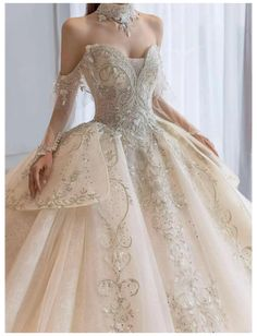 Ball Gowns Evening, Ball Gowns Prom, Ball Gown Dresses, Dresses For Balls, Ball Gown Wedding Dresses, Long Ball Dresses, Winter Ball Dresses, White Gown Dress, Royal Ball Gowns