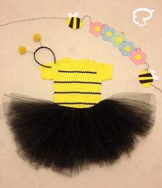 Fantasia de abelhinha - Feita a mão por Cria Estúdio