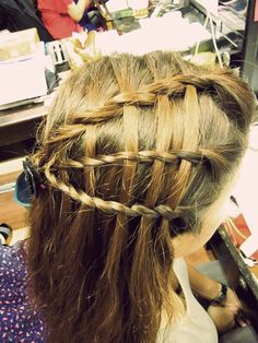 10 Basket Braids You Must Have for the Season [post_tags Long Hair Tips, Grow Long Hair, Cut My Hair, New Hair, Basket Braid, Basket Weaving, Pretty Hairstyles, Braided Hairstyles, Crazy Braids