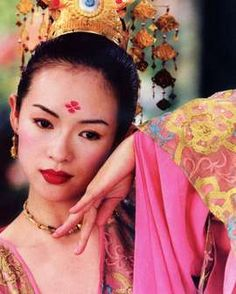 For the role of icy Lady Hariawan, Anne picked exquisite Chinese actress Zhang Ziyi. Zhang Ziyi, Andy Lau, House Of Flying Daggers, 404 Pages, Memoirs Of A Geisha, Chinese Movies, Chinese Art, Portraits, Movie Costumes
