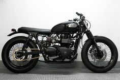 "Triumph Bonneville, CRD#10 ""Night Track"" / Encargos de otros clientes / motos / Home - Cafe Racer Dreams"