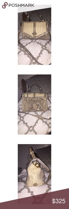 Tory burch 797 snakeskin purse I bought this from the Tory burch store last year. It is used, but in very great condition. 100% real snakeskin. Feel free to send an offer. (Price is lower through 🅿️🅿️, also avail on merc) Tory Burch Bags Crossbody Bags