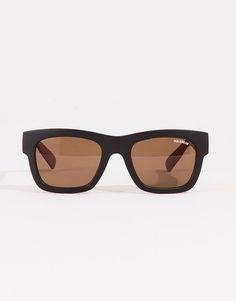 Pull&Bear - hombre - gafas de sol - gafa de sol patillas efecto madera - negro - 05898502-V2016