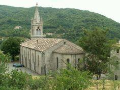 Saint-Pierre-de-Colombier: Eglise - France-Voyage.com