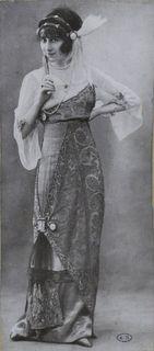 Diary of a Mantua Maker: 1912 Evening Gown 1 Edwardian Clothing, Edwardian Dress, Edwardian Era, Edwardian Fashion, Vintage Fashion, Medieval Fashion, Classic Fashion, Belle Epoque, Vintage Gowns