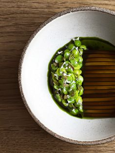 Peas and cooked, sliced seaweed by chef René Redzepi of Noma in Copenhagen, Denmark. © Laura Lajh Prijatelj, HdG Photography - See more at: http://theartofplating.com/news/top-10-of-the-worlds-50-best-restaurants-2016/#sthash.vvacobju.dpuf