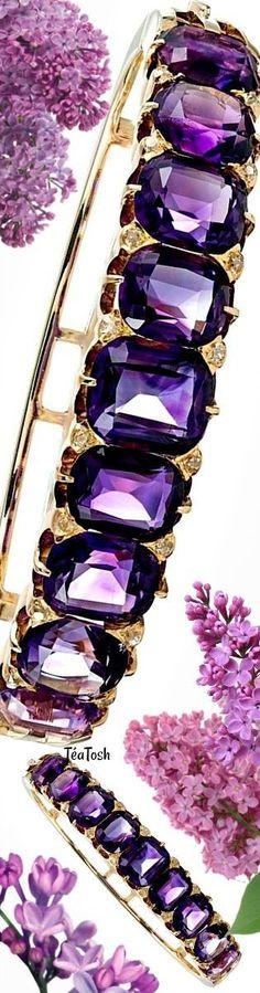 Téa Tosh English Carved Style Amethyst and Diamond Bracelet