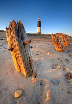 (Spurn Point Lighthouse - Yorkshire)
