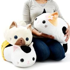 Cute cat plush toys. I love their sweet faces! Tsuchineko Utage Cat Plush Collection (Big) 1. Repin if you love