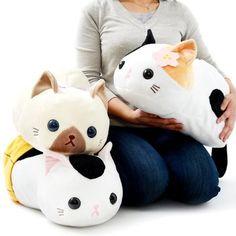 Cute cat plush toys. I love their sweet faces! Tsuchineko Utage Cat Plush Collection (Big) 1. Repin if you love
