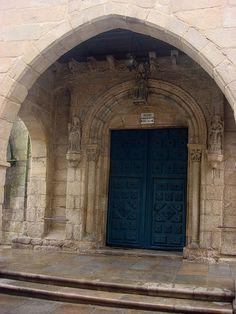 Portada Iglesia Santa María Salomé. Románico (S. IX). Santiago de Compostela