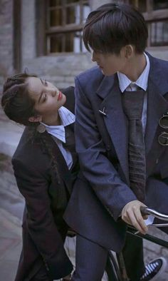 Couple Posing, Couple Shoot, Anime Couples, Cute Couples, Boy And Girl Best Friends, Pose Reference Photo, Korean Couple, Ulzzang Couple, Couple Aesthetic