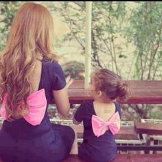 Mommy and daughter matching outfits. ❤this