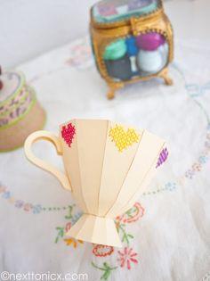 Sugestão de lembrancinha para dia das mães, dia da mulher ou ainda para chá de panela! Xícara de papel com moldes e passo a passo - como fazer xícara de papel - ESPAÇO EDUCAR