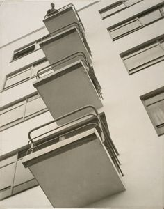 Photo by László Moholy-Nagy, 1926, Bauhaus Balconies.