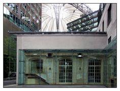 08.09.03.14.56 - Berlin, Sony-Center, Hotel Esplanade