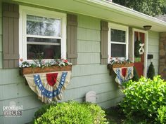 DIY Patriotic Bunting From Thrift Store Fabric