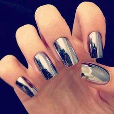 metallic nails- WANT
