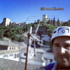 Divisado nuevo repetidor de #tdt en el albaicín. Me alegró girar la antena dirección sacromonte y encontrar un potente espectro de señales #Granada #Alhambra