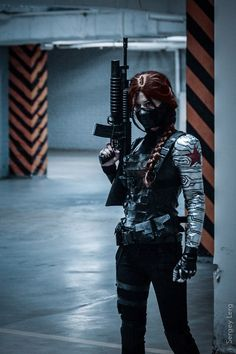 FEM!WINTER SOLDIER COSPLAY PERFECTION