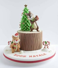Cute Chip and Dale Christmas Cake made by Sweet K Cake Design Christmas Cake Decorations, Christmas Cupcakes, Holiday Cakes, Christmas Desserts, Christmas Treats, Christmas Time, Disney Christmas, Merry Christmas, Fancy Cakes