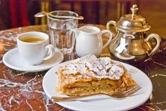 You haven't had apple strudel 'til you've had it in Vienna! Köstliche Desserts, Delicious Desserts, Vienna Cafe, Coffee Cantata, Coffee Apple, Tea Etiquette, Austrian Recipes, Good Food, Yummy Food