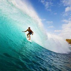 http://www.deaventura.pe/surf  Aventuras de Surf en Perú, lugares para hacer Surf, eventos.