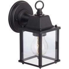 Kinkiet zewnętrzny Irvin zdecydowanie stał się faworytem wsród naszych klientów. Wykorzystany jako oświetlenie domu, tarasu oraz jako oświetlenie ogródka zewnętrznego restauracji oraz kawiarni. http://blowupdesign.pl/pl/38-lampy-ogrodowe-zewnetrzne-tarasowe-patio #lampyzewnętrzne #lampyogrodwe #kinkietzewnętrzny #walllamps #outdoorlighting