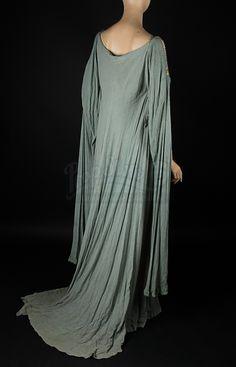 Keira Knightley - King Arthur (2004) (1920×2989)