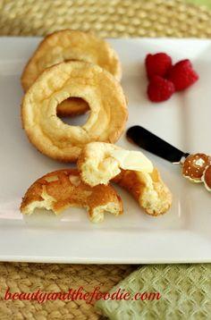 Low Carb Croissant Bagels | www.beautyandthefoodie.com
