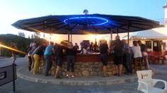 Descanso en ruta: fiesta, alegría, cervezas y vino tinto en el descanso del Raid 2014 en camping el Torcal.
