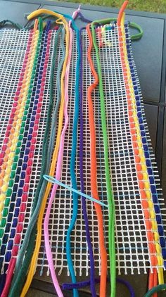 EASY PEASY 30 by 36 inch Do It Yourself T-shirt Yarn Rag Rug Kit Needlepoint Weaving by 3 foot from weirdtraffic on Etsy Studio Discover thousands of images about 71 Fab DIY Rug Ideas: Weave New Life Into Old Floors - Usefull Information DIY Rug Ideas – Mason Jar Crafts, Mason Jar Diy, Tshirt Garn, Rag Rug Diy, Diy Rugs, Homemade Rugs, Braided Rag Rugs, Do It Yourself Kit, Diy Hanging Shelves