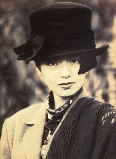 Minamino Yoko (南野陽子) 1967-, Japanese Actress
