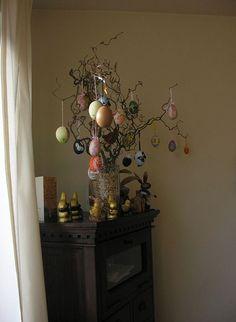 Unique Easter tree