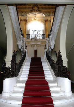 The Art Museum of Craiova is located in Jean Mihail palace in Romania, which was built late XIX-th century and was most recently renovated in Tourist Places, Kirchen, Beautiful Buildings, Eastern Europe, Countries Of The World, Victorian Homes, House Colors, Art Museum, Palace