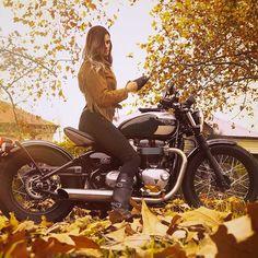 ONE with nature I love Autumn colours @motofemmes . @audioaction #fringejacket #motofemmes #moto_doll #autumn #triumph #bobber #triumphbobber #fall #colours #golden #womenwhoride #seasons