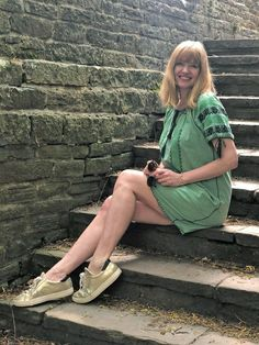 woman sitting on steps wearing green embroidered dress Beaded Starfish, Wild Garlic, Poker Face, How To Stay Healthy, Round Sunglasses, How To Wear, Woman, Green, Style