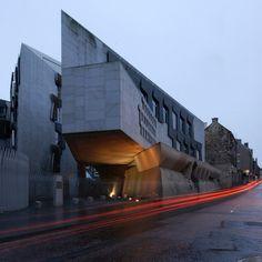 AD Classics: The Scottish Parliament / Enric Miralles - Edinburgh