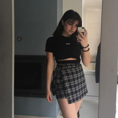 kfashion T-shirt + Plaid Skirt Two-piece Suit Curvy Girl Outfits, Edgy Outfits, Grunge Outfits, Skirt Outfits, Summer Outfits, Cute Outfits, Fashion Outfits, Outfits Mujer, Black Outfits