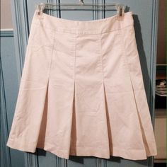 Worthington White Pleated Skirt - Like New Worthington White Pleated Skirt  Side zipper  Size 10 but runs a little small  Classy must have skirt!!!  Only worn a few times - perfect condition! No flaws Worthington Skirts A-Line or Full