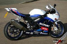 Suzuki GSX-R1000 K5 MotoGP 2005 replica