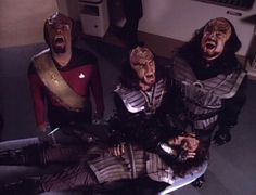 Google Image Result for http://www.cardassiaprimera.com.ar/ritual_de_muerte-klingon.jpg