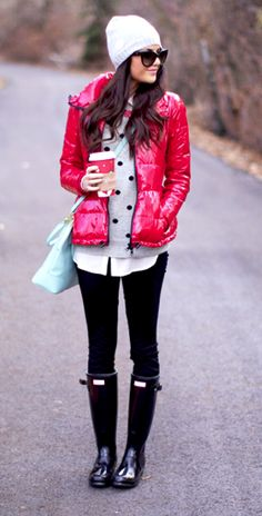 Cute Winter Outfit - Polka Dot Blouse, Pink Puffer Down Jacket, Black Leggings, Blue Bag, and Hunter Rain Boots