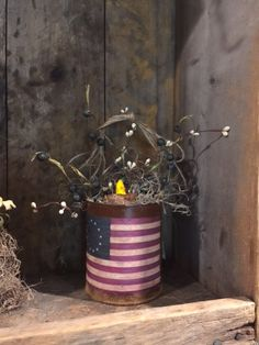 Primitive Rusty Can Lantern Grubby Candle Cupboard Tuck July 4th Make-Do American Flag 1776