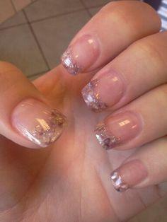 seashells in acrylic nails