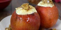 Die Tage werden kälter... und die Bratäpfel besser :) vor allem mit dieser Füllung!Zutaten:2 große Äpfel, 1 EL Butter, 1/2 TL Zimt, 200g Frischkäse, 2 EL Staubzucker, Vanillemark, etwas Zucker und Keksbrösel zum bestreuenRezept:Als erstes schneide die Äpfel oben kreisförmig ein und höhle sie mit ein...