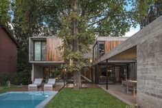 Gallery of ARANZAZU House / Besonias Almeida Arquitectos - 1