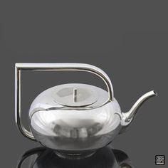 Located using retrostart.com > Teapot by Janak Pavel for Sandrik Dolné Hámre