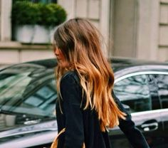 The color is most incredible the length the texture I'm just so in love with her hair right now